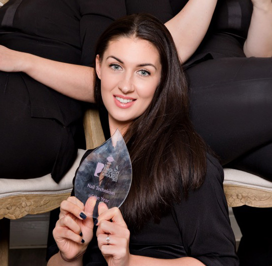 Roxanne wins Nail Technician of the Year at the English Hair and Beauty Awards